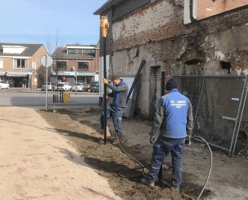 Vink Hekwerken plaatst in opdracht van Gemeente Overbetuwe hekwerk bij passage tussen Dorpsstraat en Europaplein