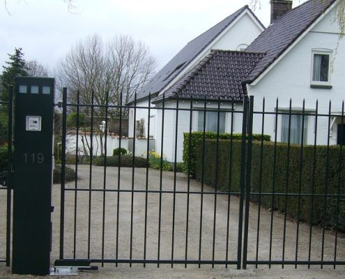Vink Hekwerken sierhekwerk met poort en beveiliging